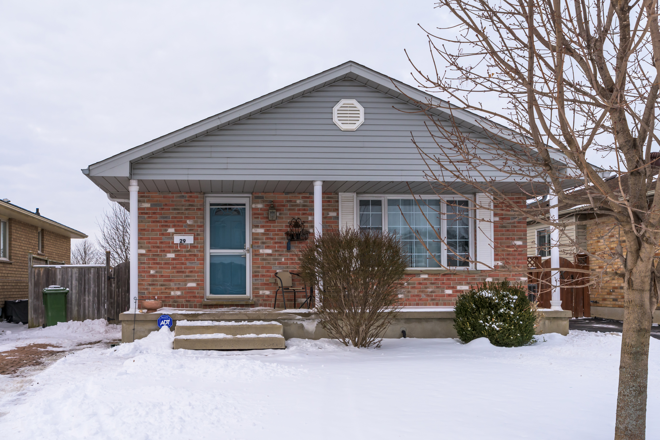 SOLD! 29 Oldewood Cr, St. Thomas